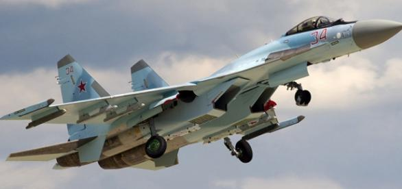 Rússia vende a China 24 unidades do Su-35S