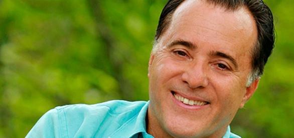 Tony Ramos fará o filme Kardec - A Biografia