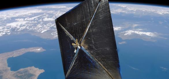 Vela solar: aceleração lenta, porém constante