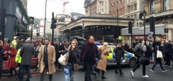 Victoria Station evacuată de poliție