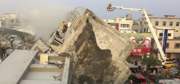 Vários edifícios acabaram por cair