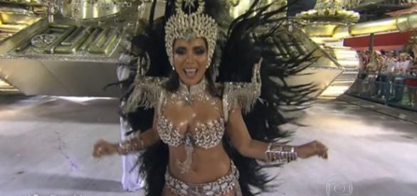 Anitta estreou na Sapucaí pela Mocidade