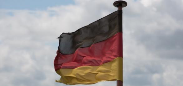 Flaga Niemiec / www.pixabay.com