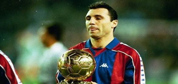 Búlgaro segura a Bola de Ouro em 1994