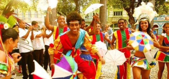 Carnaval brasileiro sempre cheio de alegria.