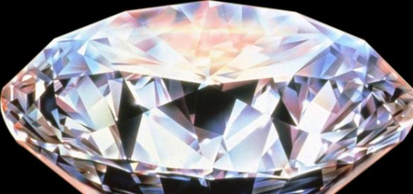Diament to najpiekniesza forma krystaliczna węgla
