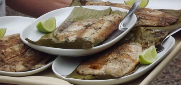 Prepare uma receita de peixe com acompanhamentos