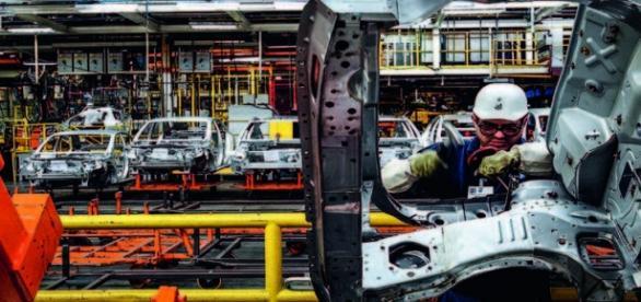 GM culpa crise pelas demissões no país