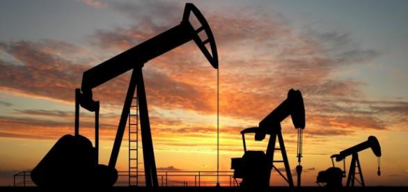 Los pozos de petroleo reducen sus actividades