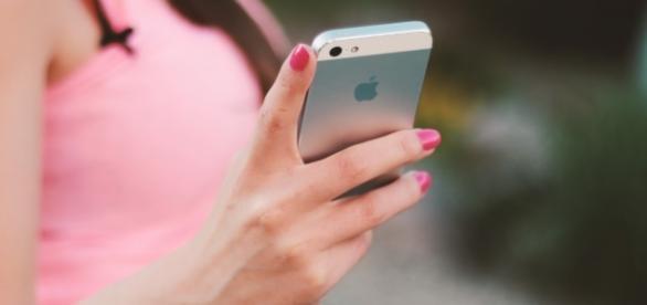 Cambian a su bebé por un Iphone