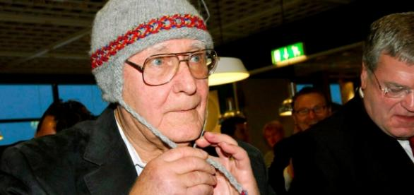 Ingvar Kamprad se îmbracă de la SH