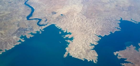 Vista aérea de la presa de Mosul