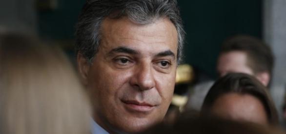 Governador Beto Richa do Paraná nega ser corrupto