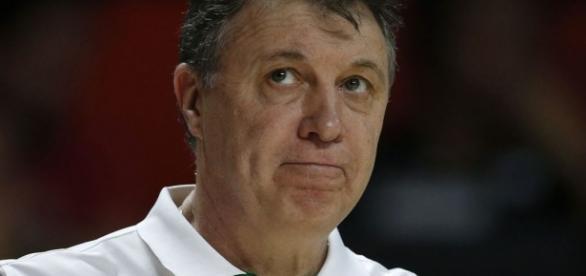 Magnano comanda a Seleção Brasileira masculina