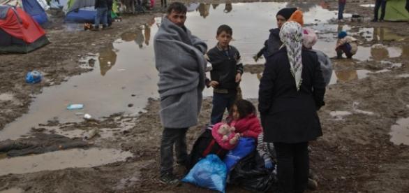 I rifugiati bloccati in Grecia tutto l'inverno