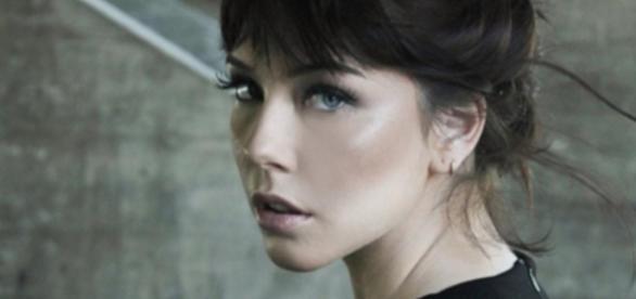 Bia Arantes é Cecília na novela 'Carinha de Anjo'