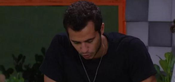 Matheus leva bronca em reality show da Globo