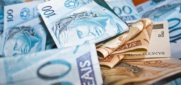 Uma das vantagens ao solicitar um empréstimo, é a rápida liberação do dinheiro.