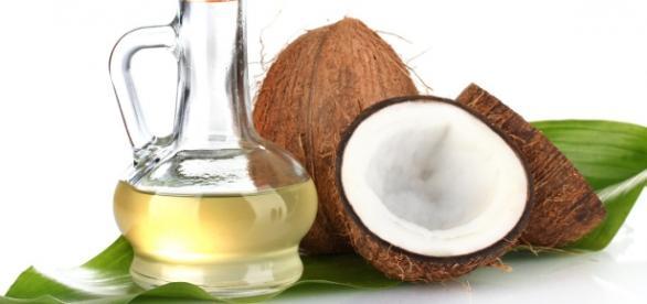 Ácido laurico do óleo de coco tem eficazes propriedades antimicrobianas