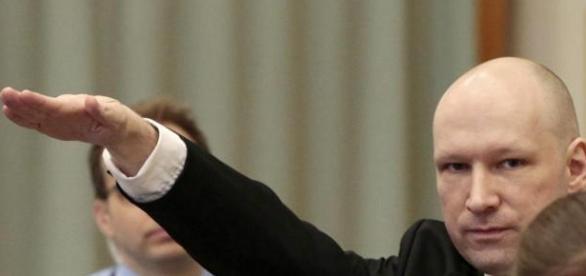 Breivik vuelve a provocar al Tribunal