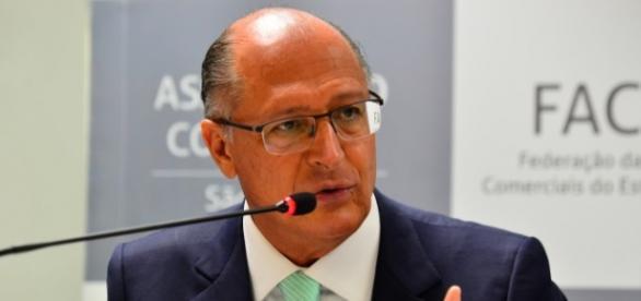 Geraldo Alckmin critica Lula na Casa Civil