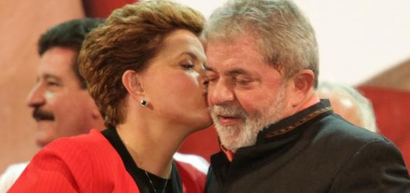 Lula aceita convite de Dilma e se torna ministro