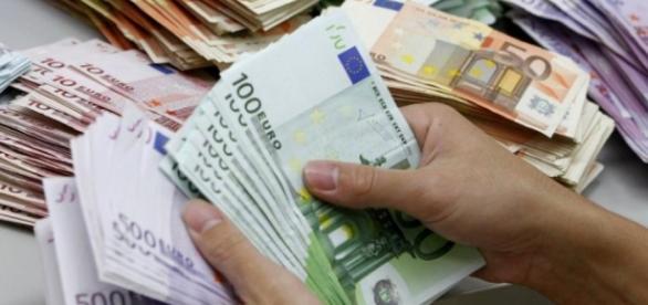 Cum să câştigi 300.000 de euro lunar?
