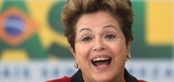 Dilma flagrada gritando e chorando