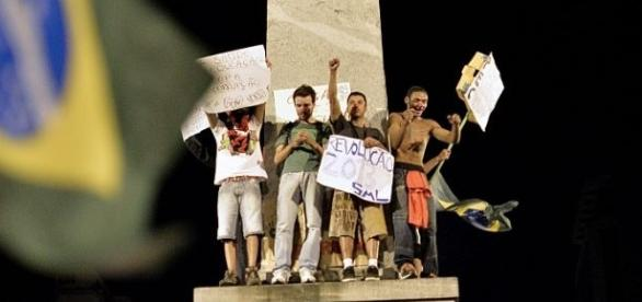 Protestos que aconteceram na capital mineira
