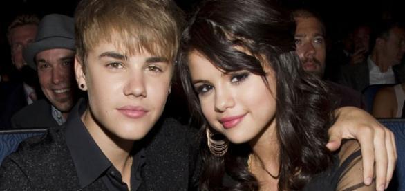 Selena Gomez quer esquecer Justin Bieber