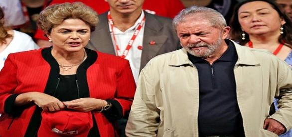 Dilma Rousseff e Lula em evento do PT