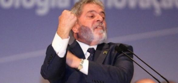 Lula discursa em evento - Foto/Divulgação