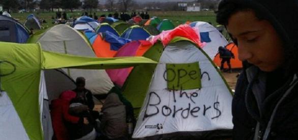 Tabăra de refugiați de la Idomeni