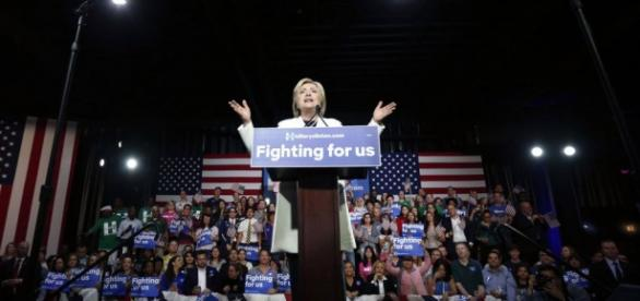 Clinton ante sus seguidores en Florida