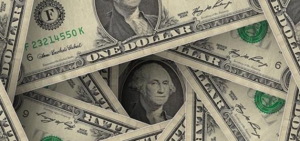 Notas de 1 dólar ( créditos da imagem pixabay)