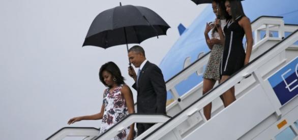 El presidente Obama pisando suelo cubano