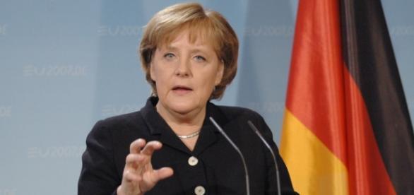 Partia Angeli Merkel traci w sondażach