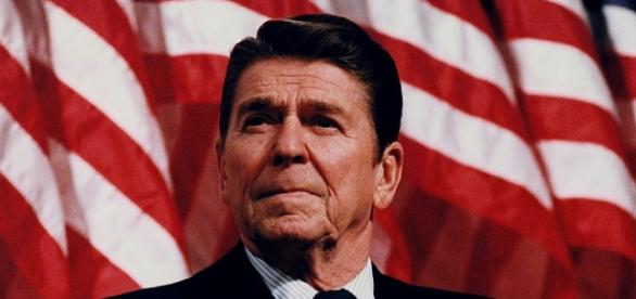 President Ronald Reagan (White House)