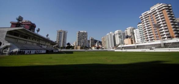 Em épocas de estádios vazios pelo Brasil, Caio Martins cairia como uma luva para receber os jogos do Botafogo