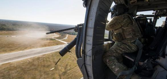 Helicopter doorgunner in Iraq. (Image: US Army)