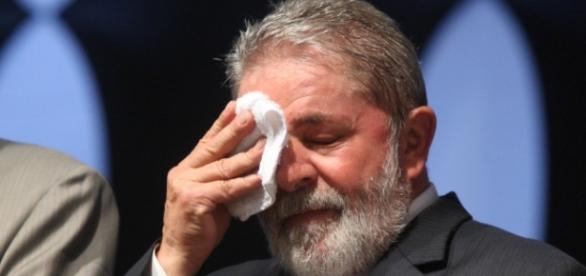 Lula tem situação indefinida no governo