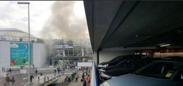 Momento de las explosiones en Bruselas Twitter