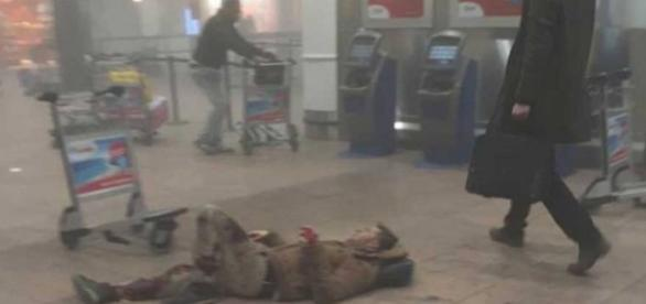 O aeroporto de Bruxelas foi atingido