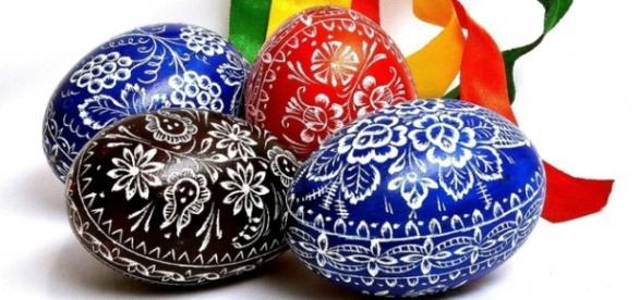 Páscoa Tcheca tem ovos pintados e pomlázka (Foto: Zena.cv)