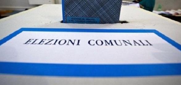 Sondaggi elettorali politici Roma e Napoli 2016
