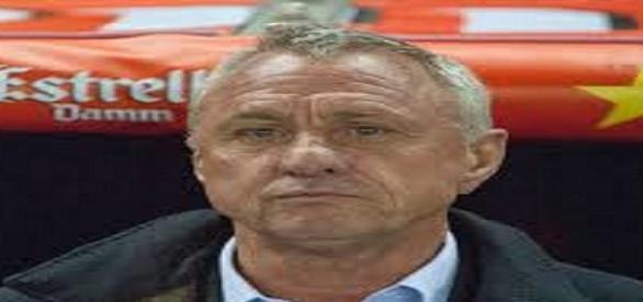 Cruyff ha fallecido en 2016, trágica noticia.