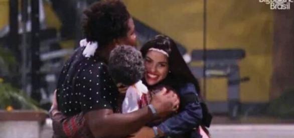Munik, Geralda e Ronan (Reprodução/Globo)