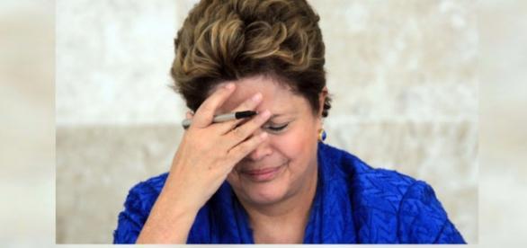 OAB entra com pedido de impeachment contra Dilma