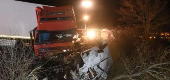 Um acidente matou pelo menos 12 portugueses