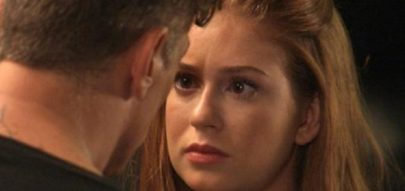 Eliza não suporta ser mais uma para Arthur
